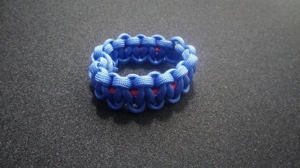 02 Blau